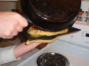Flipping Tortilla Espanola